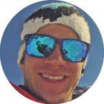 Simon Grünauer arbeitet als Ski- und Snowboardlehrer am Arlberg.