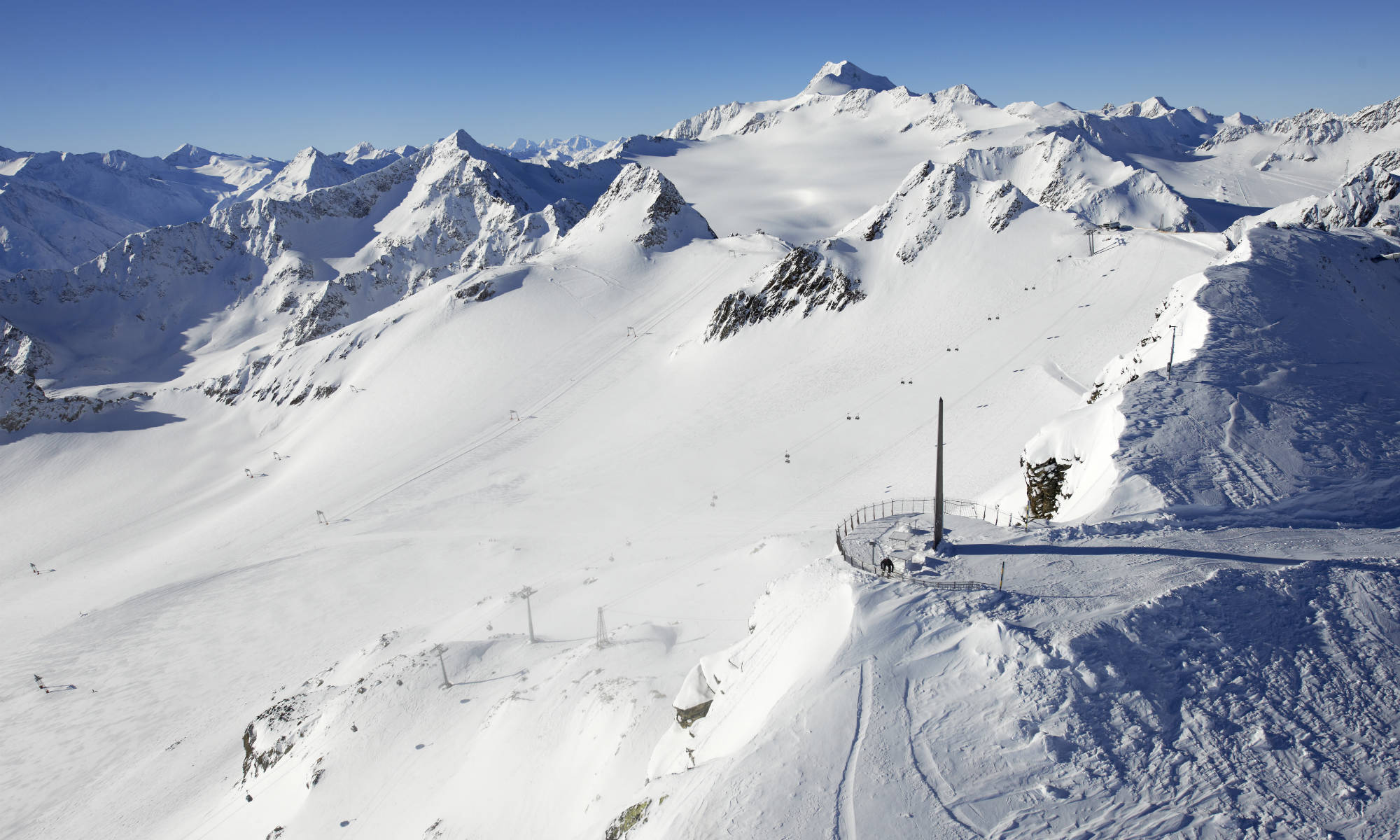 From the top of the Schwarze Schneid mountain, one has a great view of Austria's highest mountains.