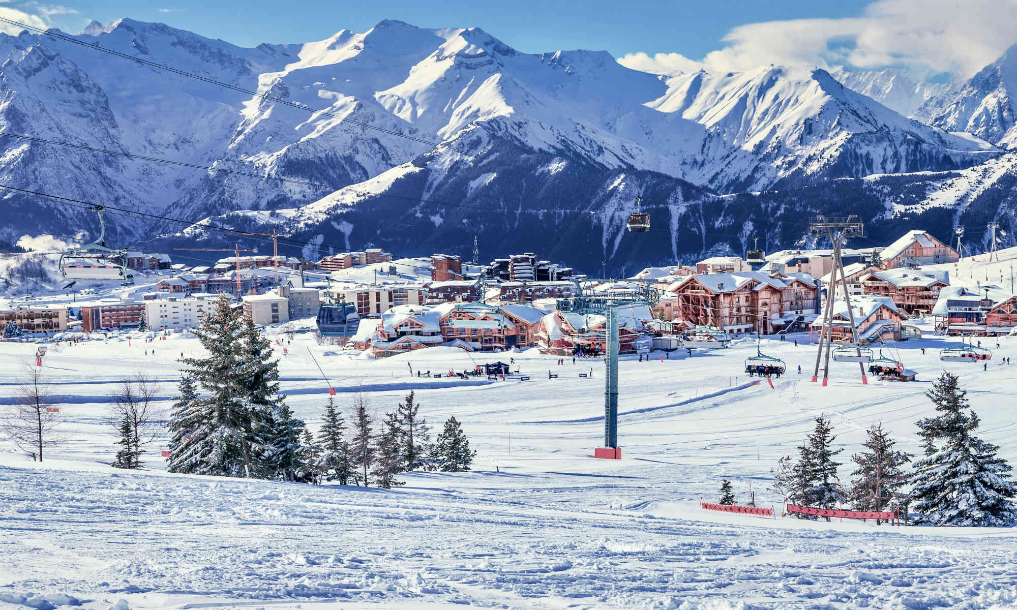 Stunning view of the French skiing resort Alpe d'Huez.