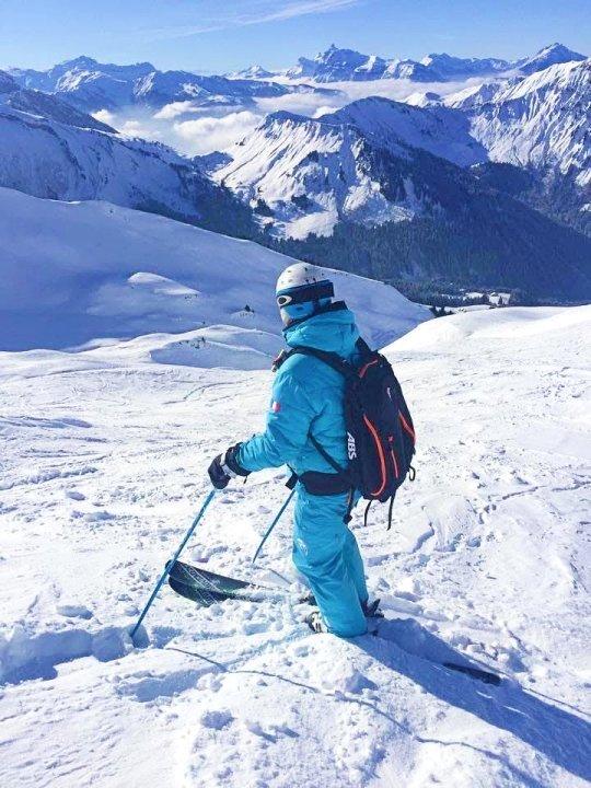 Admirer le panorama est l'une des choses à faire à Morzine ; grâce à son altitude, le skieur peut admirer de nombreux sommets.