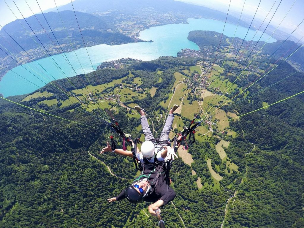 A paragliding flight over Lake Annecy.
