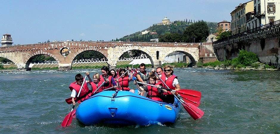 Eine Rafting-Tour in Verona.
