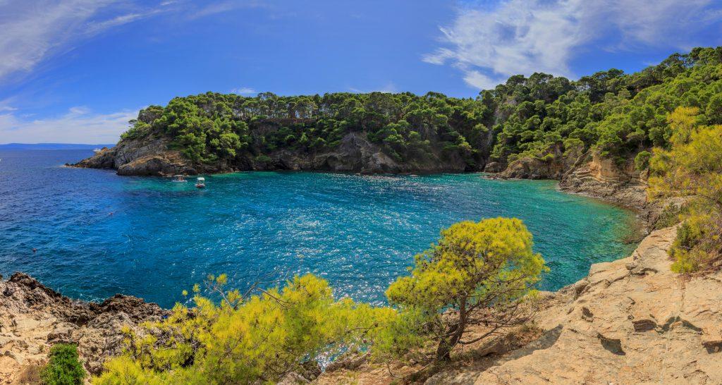 Una vista delle Isole Tremiti, un luogo perfetto per fare snorkeling.